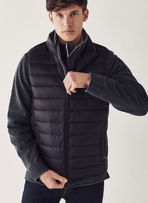 crew-mens-lightweight-gilet-navy